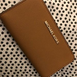 Michael Kors Wallet/Phone wristlet